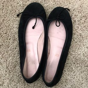 Pretty Ballerinas Black Suede Ballet Flats